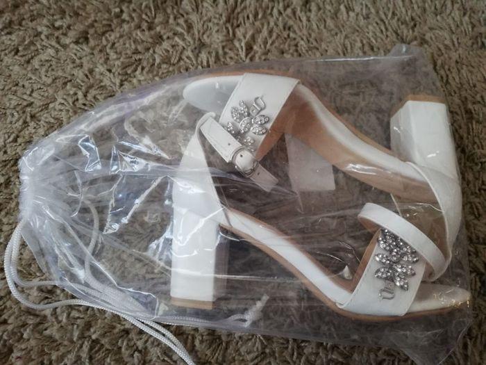 Sandálias para o grande dia ! 4