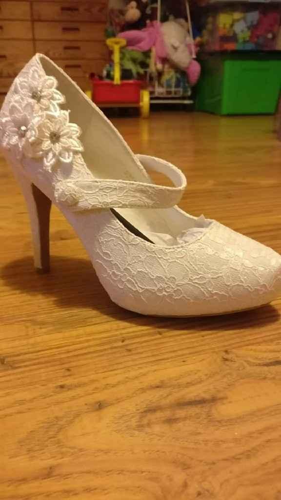 Quanto custaram os teus sapatos de noiva? - 1