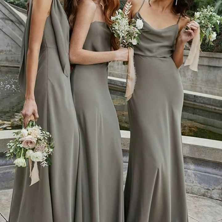 o Arco-íris 🌈 invade a comunidade com inspirações (cinzento) para vestidos de damas de honor 🤍 - 3