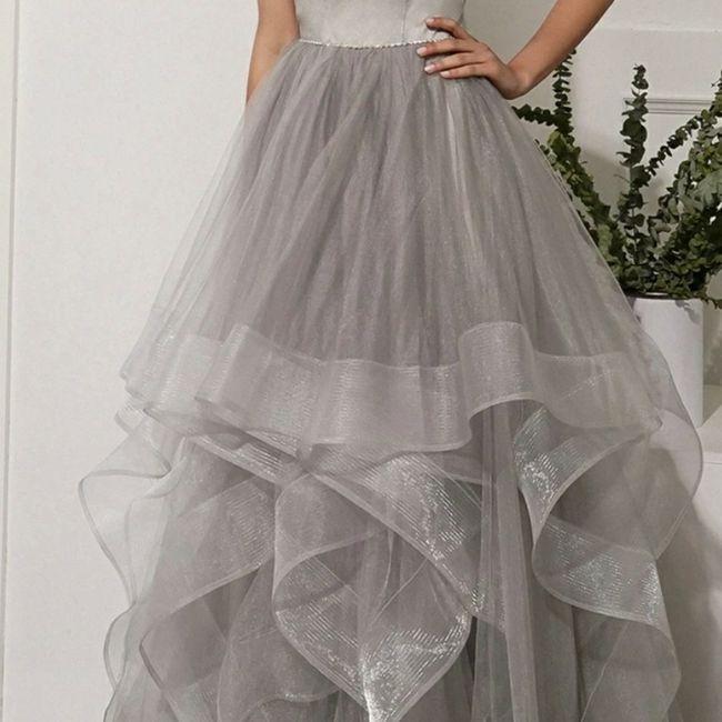o arco-íris 🌈 invade a comunidade com inspirações (cinzentas) para vestido de noiva 🤍 6