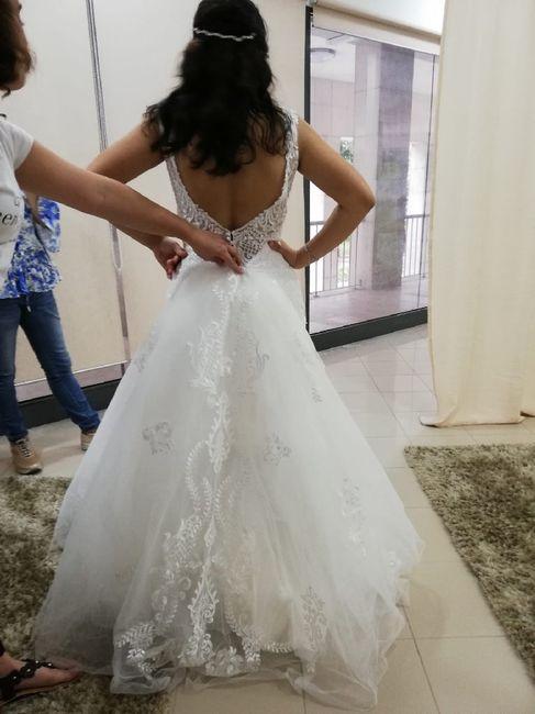 Vestidos de noiva com caudas enormes 5