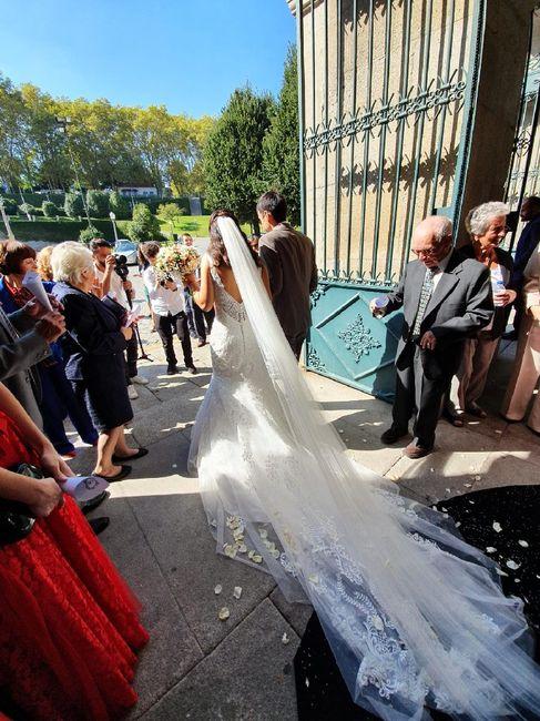 Vestidos de noiva com caudas enormes 3