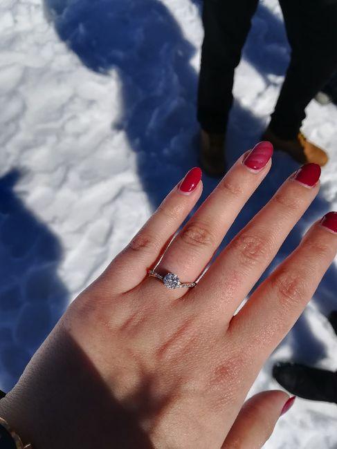 Bora partilhar o nosso anel de noivado? 💍😍 5