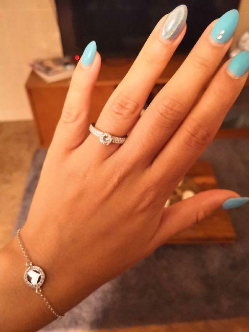 Bora partilhar o nosso anel de noivado? 💍😍 22