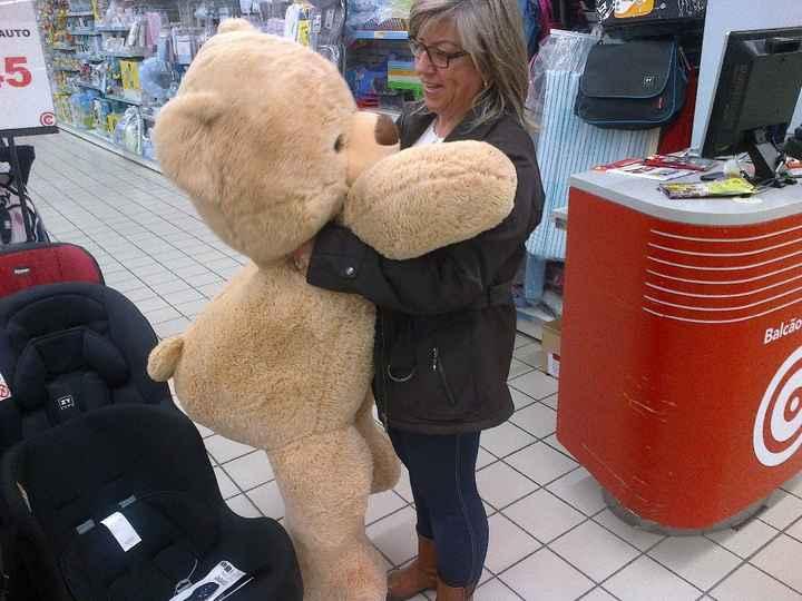 O urso gigante