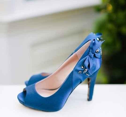 Sapatos azuis II