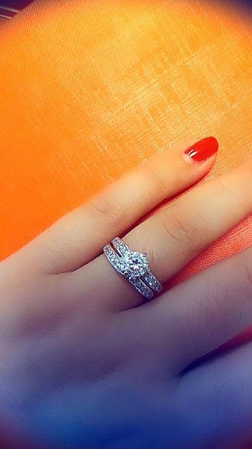 Bora partilhar o nosso anel de noivado? 💍😍 10