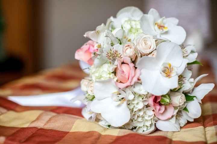 Rosas e orquídeas