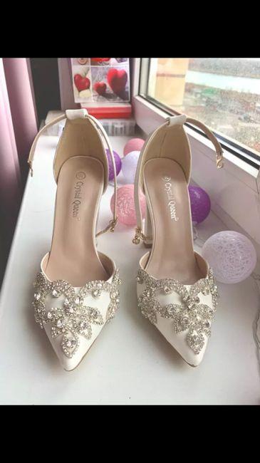 Sapatos 👠 👰 1