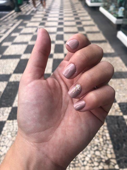 Se a manicure do dia C fosse a que usas no dia a dia.... 5