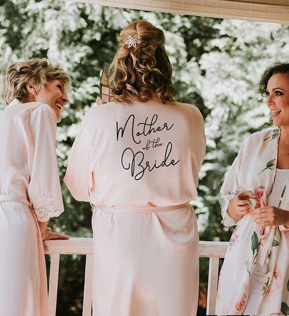 Manualidades (61): Personalizar robes e lingerie 3