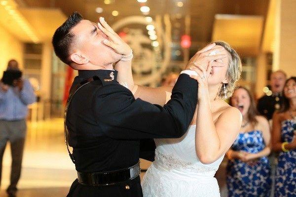 Smash the wedding cake 👍🏻 👎🏻 3