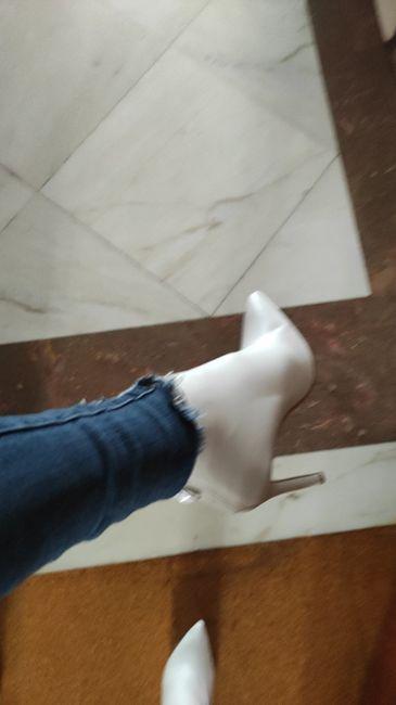 De que cor serão os teus sapatos de noiva? 3