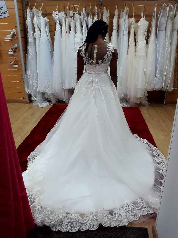 Primeira prova de vestido de noiva - 1