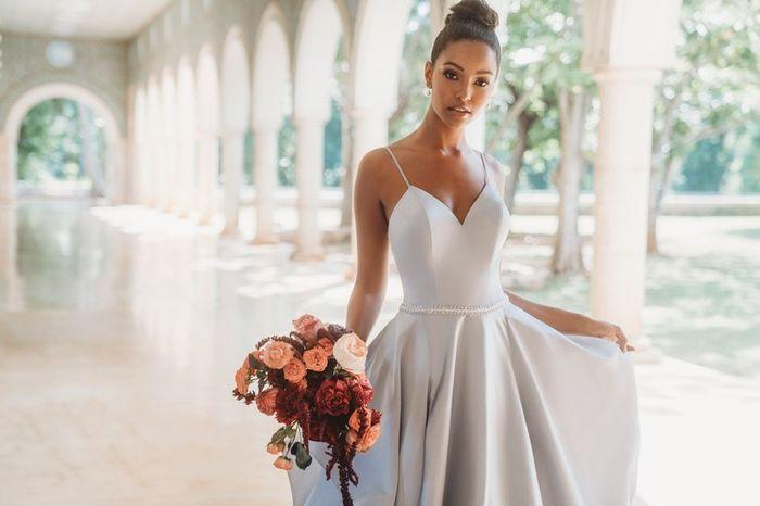 Quantos 💓 dás a este look de noiva? 1