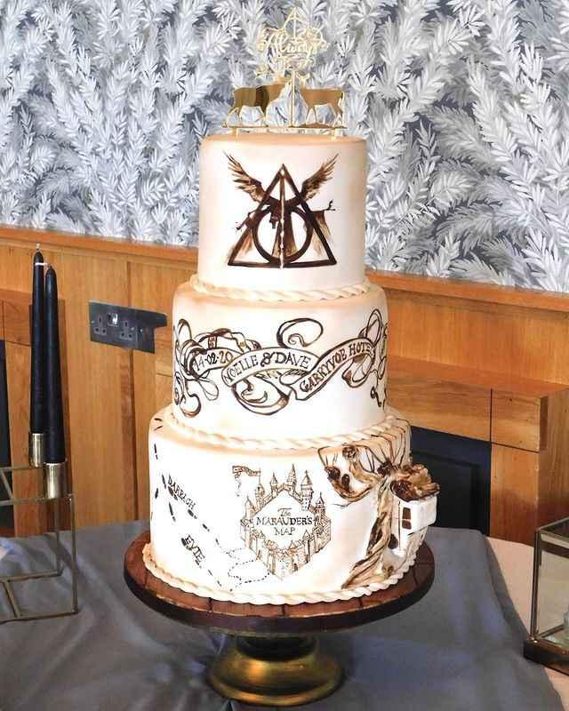 Para os fãs de Harry Potter: 5 inspirações de Bolos de Casamento 🍰⚡🧙 - 4