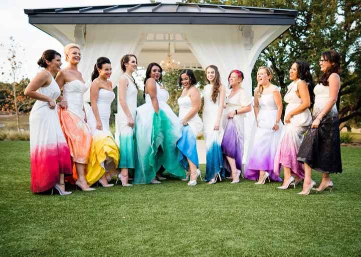o Arco-íris invade a Comunidade: 3 Inspirações para Vestidos de Damas de Honor 🌈 - 2