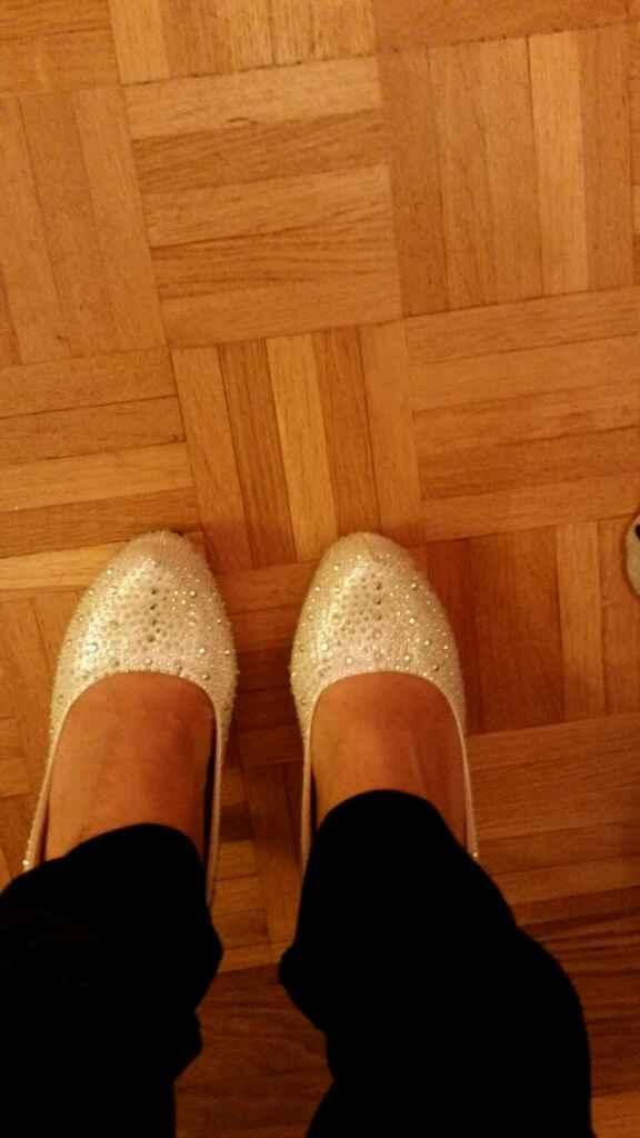 Espelho meu, espelho meu, qual destes pares de sapatos será o meu? - 1