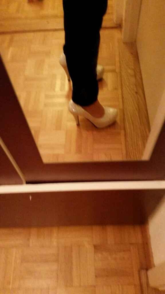 Espelho meu, espelho meu, qual destes pares de sapatos será o meu? - 2