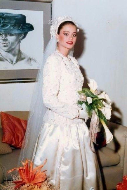 2) Batalha de vestidos famosos - Sofia Vergara