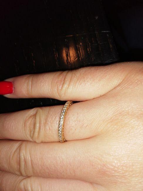 Bora partilhar o nosso anel de noivado? 💍😍 12