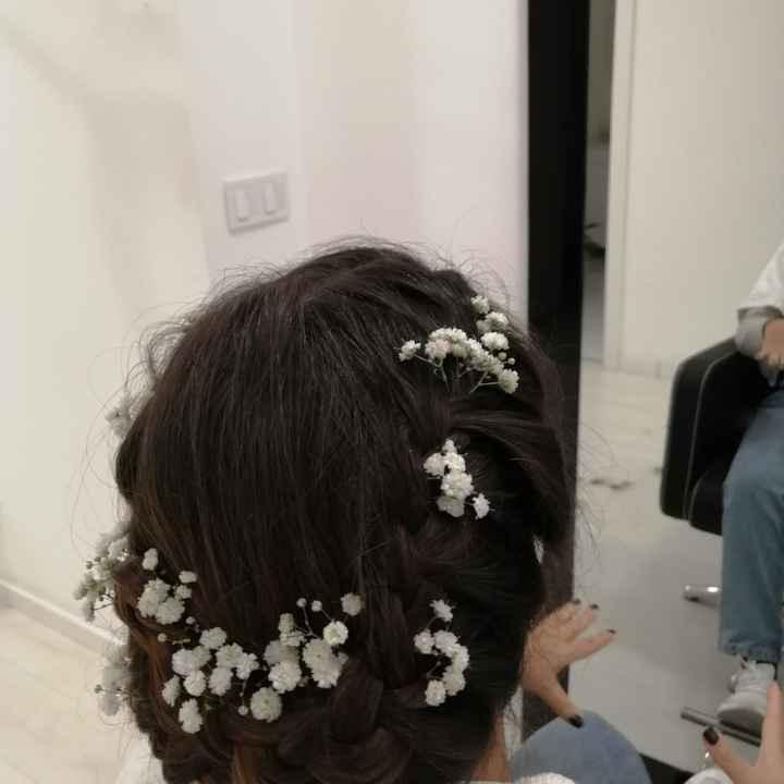 Coroas e toucados com flores para noivas românticas 🌸 - 1