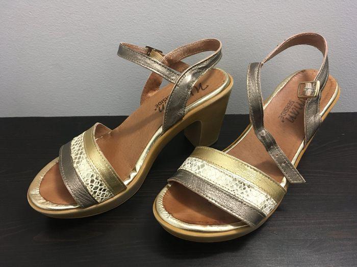 Sandálias/sapatos 1