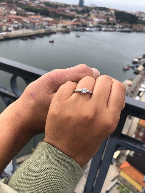 Bora partilhar o nosso anel de noivado? 💍😍 3