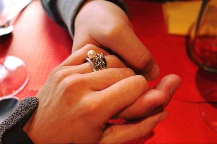 Mostrem os vossos aneis de noivado - 1