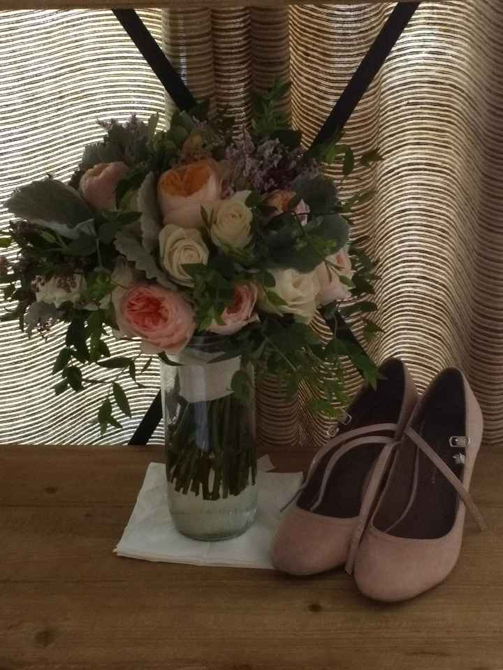 Bouquet e sapatos