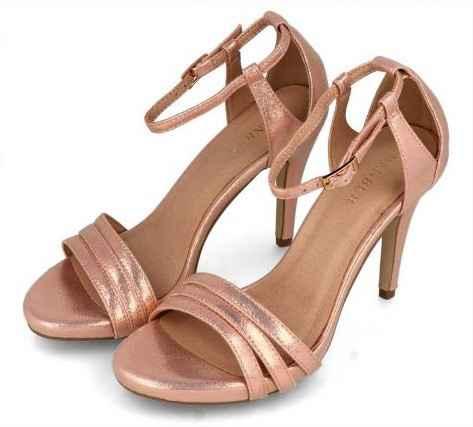 Sapatos para o dia c - Marca Menbur - 1