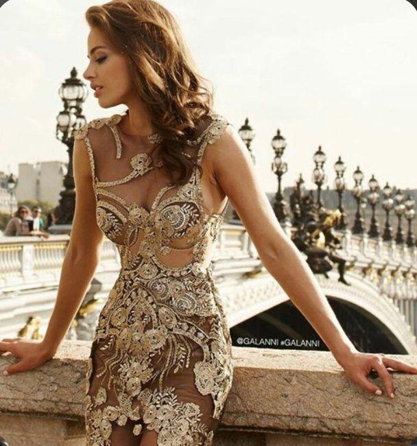 O🌈 Arco-íris invade a Comunidade com Inspirações em Dourado para Vestido - Damas de Honor 1