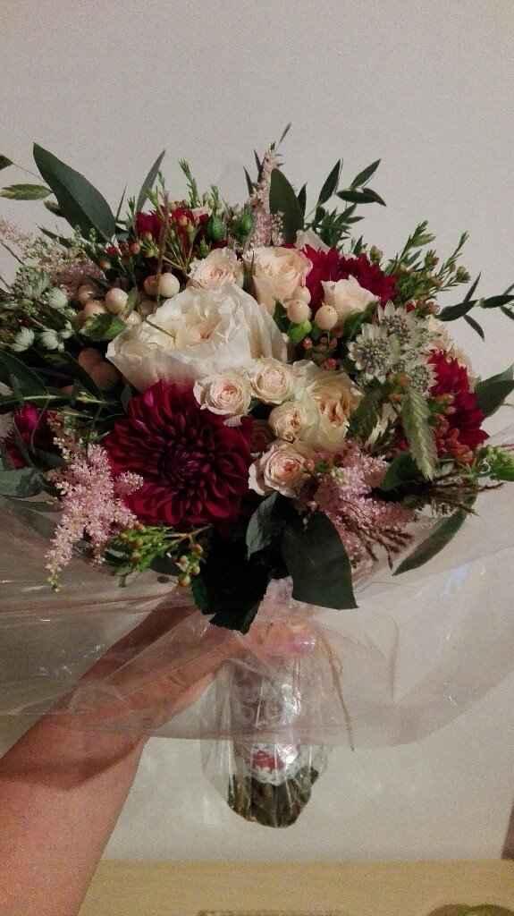 a horas :unhas e flores - 2