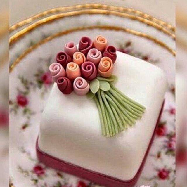 Mini bolos de noiva - 2