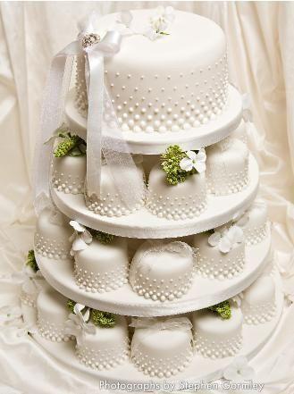 Mini bolos de noiva - 8