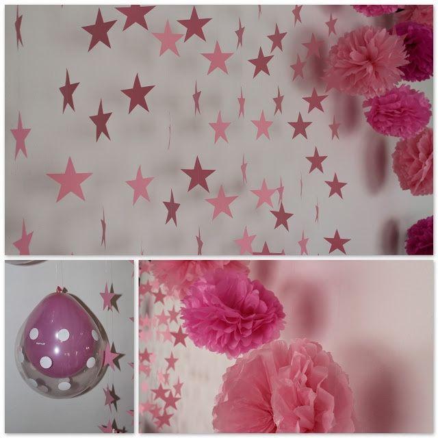 Decoração de estrelas e bolas