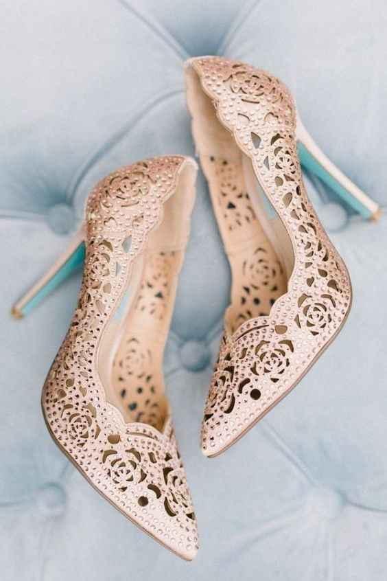 Sapatos 12