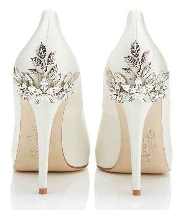 De que cor vão ser os teus sapatos de noiva? 👠 - 1