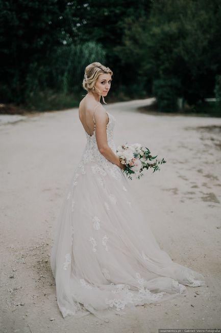 Este vestido...aprovado ou reprovado para o dia C? 1