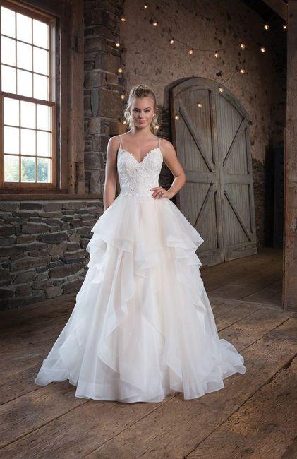 Eu nunca usaria este vestido! 1