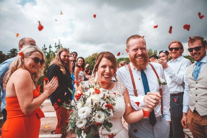 És uma noiva de convidar muita gente ou restrita com a lista de convidados? 1