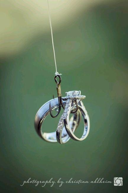 Wedding Rings Photography Ideas: Pesca