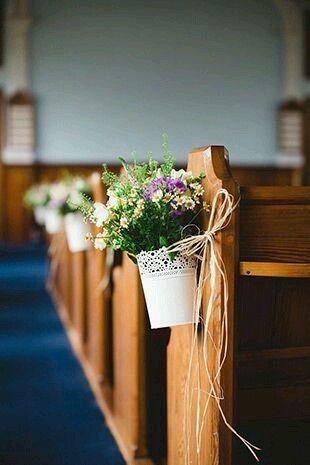 Flores para a decoração da igreja - 11