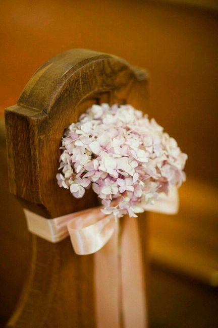 Flores para a decoração da igreja - 17