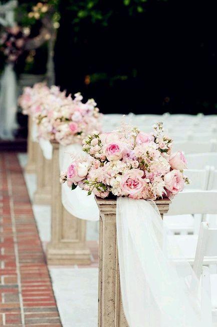 Flores para a decoração da igreja - 18
