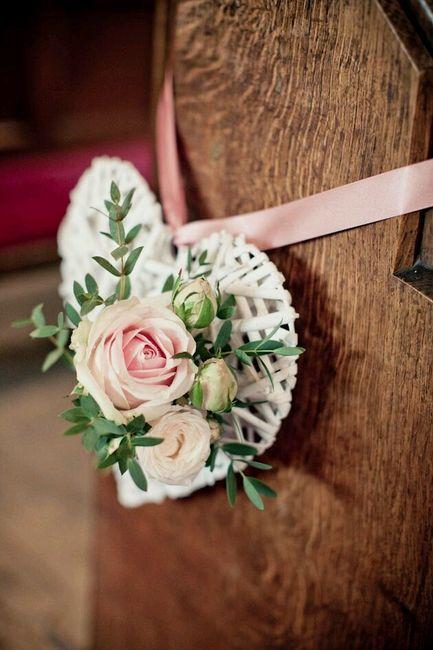 Flores para a decoração da igreja - 20