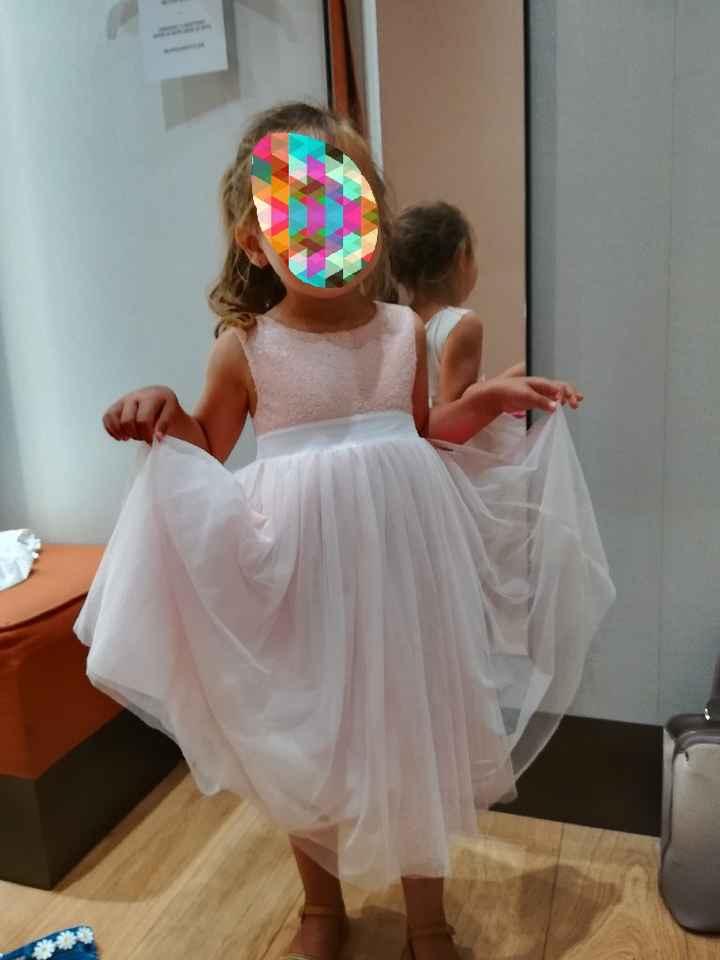 o vestido da menina das alianças - 1