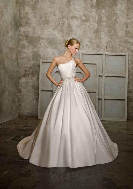 Que tal um vestido com uma alça?? - 10