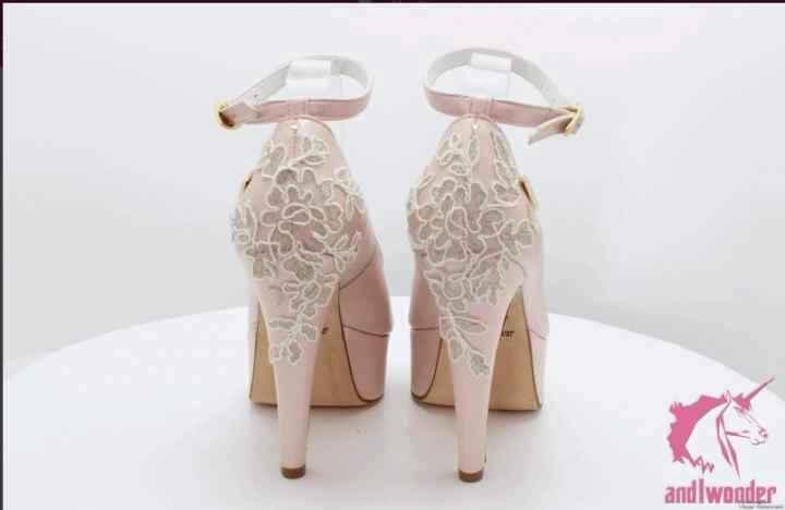 Relação dos sapatos com o vestido - 1