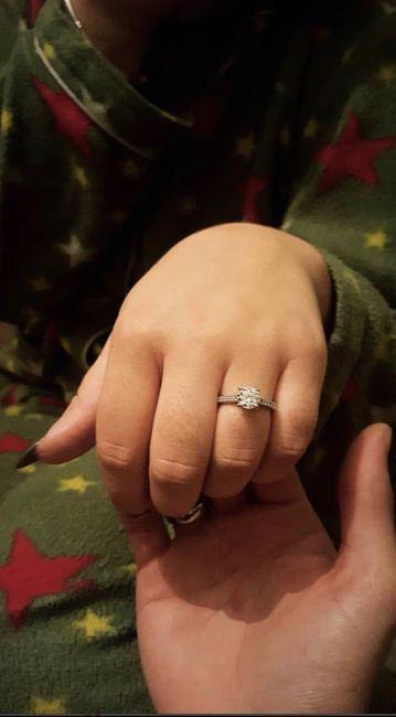 Bora partilhar o nosso anel de noivado? 💍😍 17